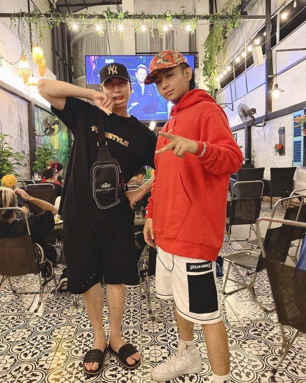 Rapper Karik và Ricky Star mặc thiết kế từ Urban Monkey